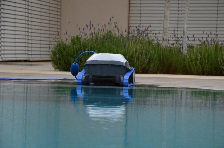 רובוט לניקוי בריכות דולפין S50 8