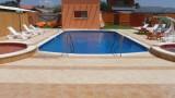בריכות שחייה פרטיות 10