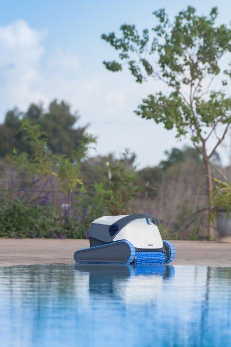 רובוט ניקוי בריכה דולפין S300i